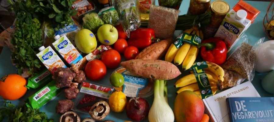 How To Save Money on Food (Top 10 Ways for 2020)